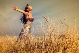 Όταν αγαπάμε τον εαυτό μας έχουμε τα πάντα, αγαπάμε και μας αγαπούν. Πώς, όμως, αγαπάμε τον εαυτό μας; 7