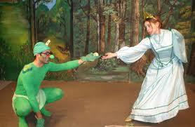 Έχουμε όλοι γεννηθεί για να είμαστε πρίγκιπες, γιατί να μετατρεπόμαστε σε βάτραχοι; 1
