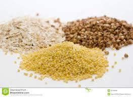 Υγιεινή διατροφή πλούσια σε πρωτεΐνες σίδηρο και βιταμίνες. 4