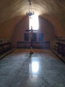 Πηγαίνοντας στα μέρη που περπάτησε, σταυρώθηκε ο Κύριος αγιαζόμαστε ενωνόμαστε μαζί Του. 24