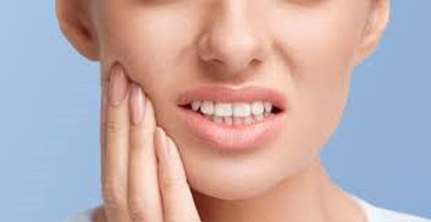 Μπορούμε να αυτοθεραπεύομαστε από εντονο πρήξιμο από το δόντι, από απόστημα, ουλίτιδα και κάθε φλεγμονή στα δόντια και τα ούλα ξεμπλοκάροντας τον μεσημβρινό του παχέως εντέρου. 17